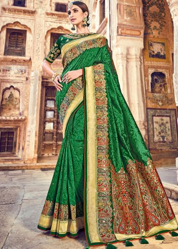 Green Banarasi Silk Traditional Saree With Blouse - SAMN5207